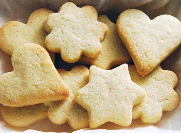 Μπισκότα μόνο με 3 υλικά