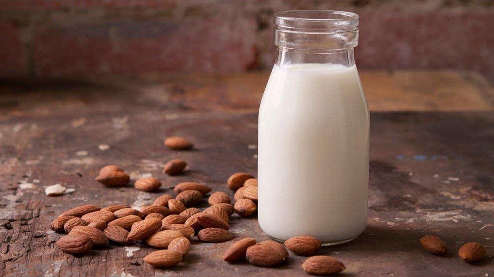 γάλα αμυγδάλου φυτικά γάλατα