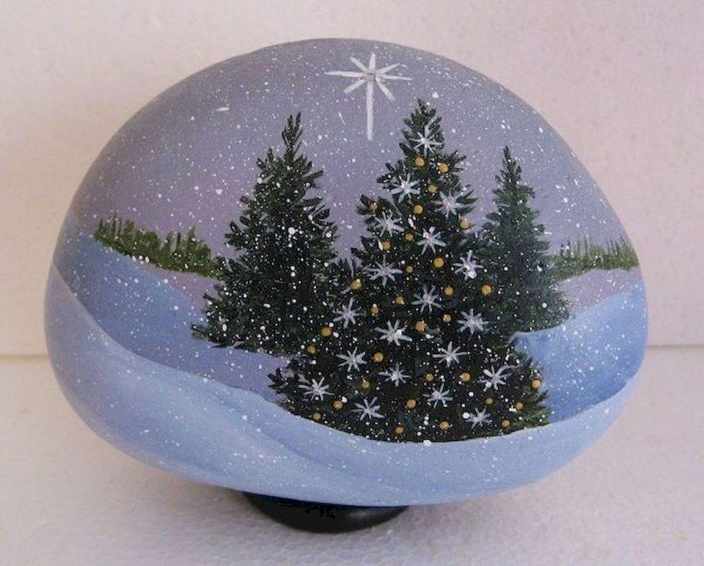 Χριστουγεννιάτικες δημιουργίες με βότσαλα
